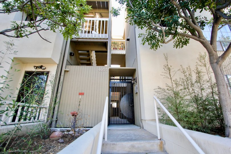 Apartment complex community in 4055 Eagle Mission Hills California