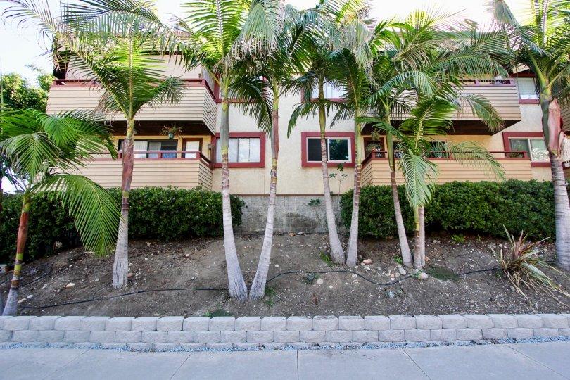 4055 Falcon Hills in California, All Hills in Mission Hills, California 4055 Falcon, Mission Hills Located in California