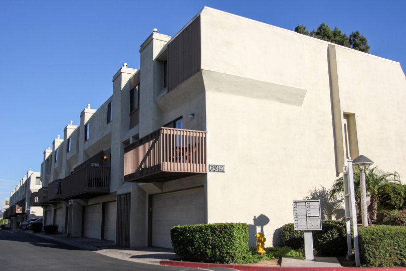Nicely maintained apartments, with garages available, in Cerro De Alcala community in Mission Valley, CA
