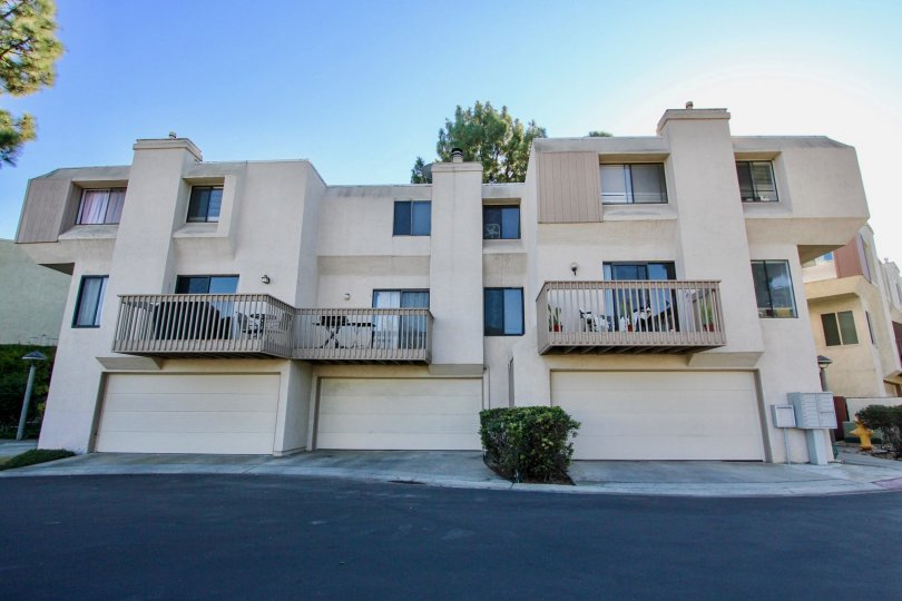 An apartment building in the community of Friars Mission Mission Valley CA.