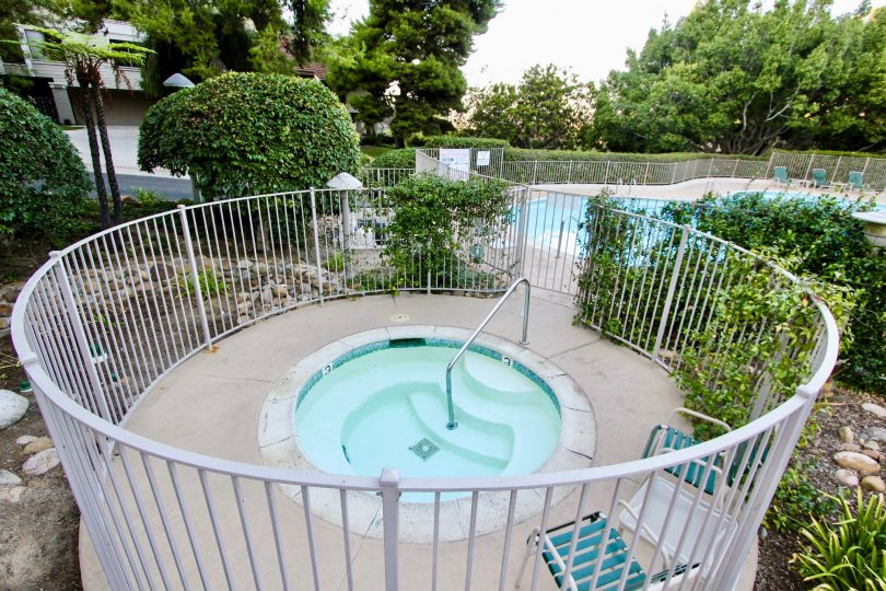 A lovely, small dipping pool in the Kensington Park Villas, connected to the larger pool