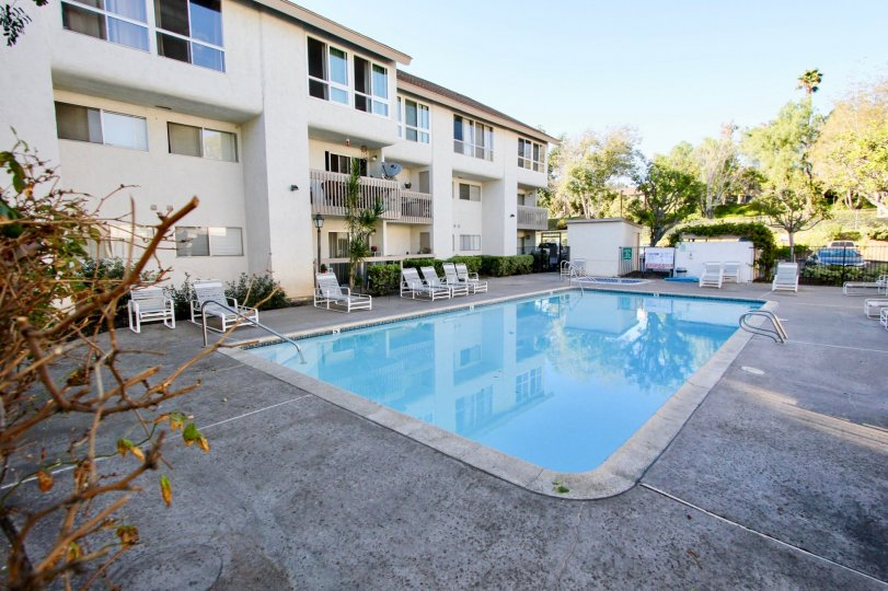 Mission Heights  , Mission Valley ,California,swimming pool,white building