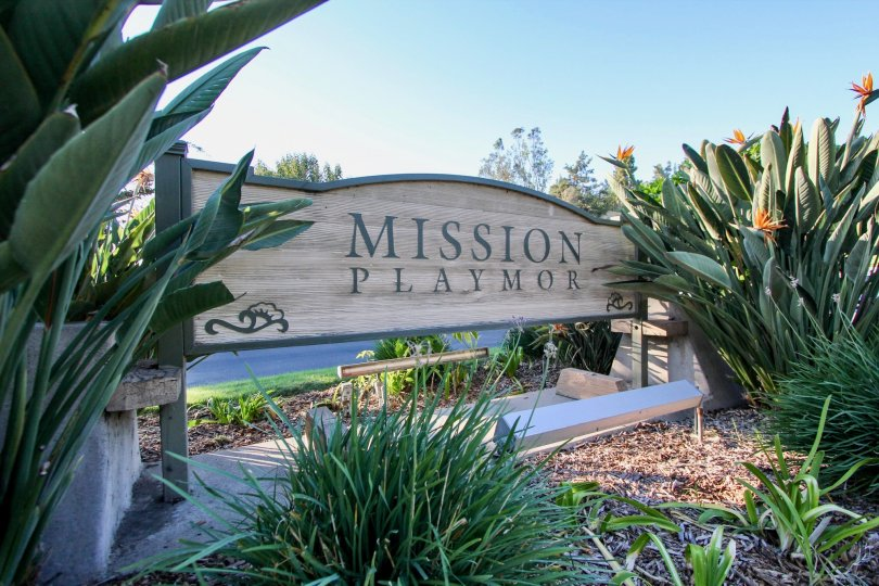 Neat sign of Mission Playmor Mission Valley California