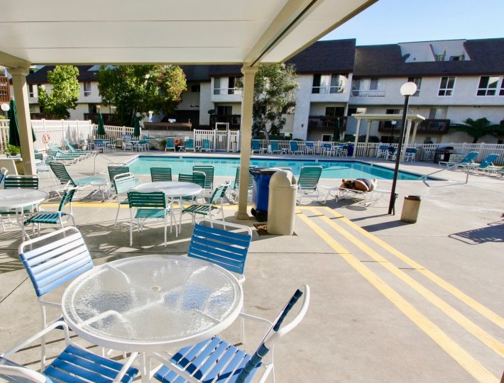 A sunny day at the pool at Mission Vedre in Mission Valley California.