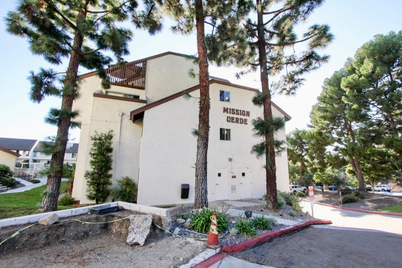 Apartment complex in Mission Verde Mission Valley California