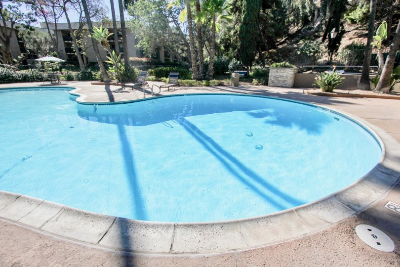 The Bluffs is ideally located in Mission Valley in San Diego Zip Code 92108. This is a tropical and lush condo complex with 2 pools, lighted tennis courts, gym, and a clubhouse. You can walk to the mall and restaurants from the Bluffs in San Diego. There