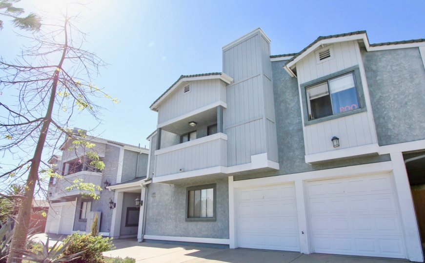 beautiful frontal view of cherokee court in normal heights california