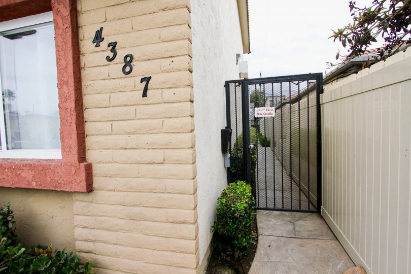 Bella Villaggio  , North Park, California, black gate,number