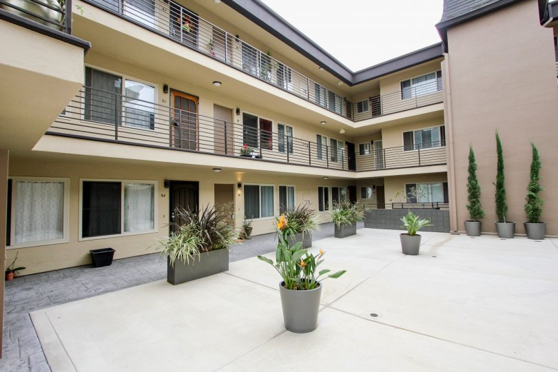 Nice and clean complex in Louisiana Condominiums North Park California
