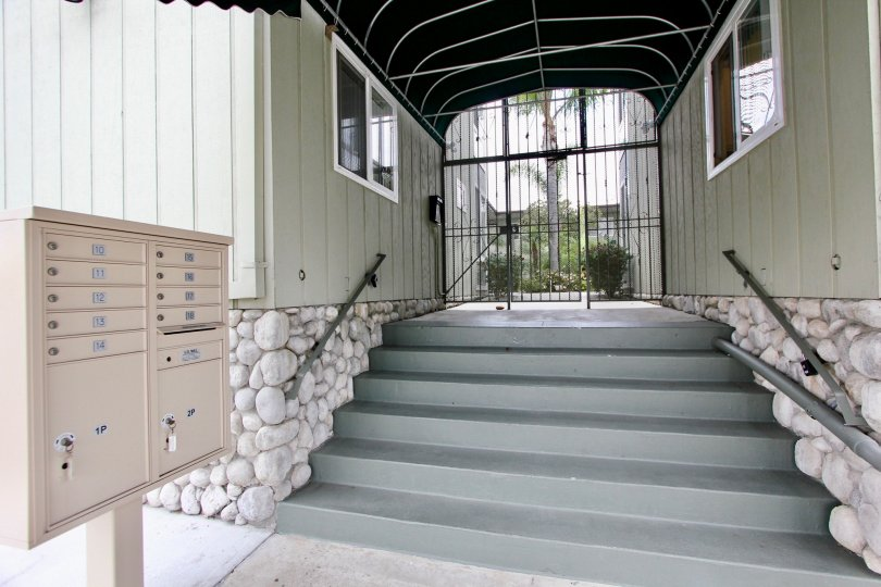 In Gate of Mississippi Townhomes has Postal boxes of city North park