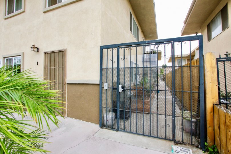 Splendid Splinter, North Park, California, blue gate, two story, apartment