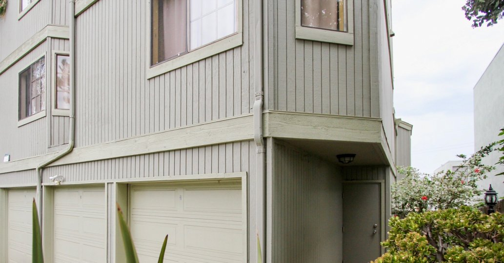 Villa Terrace  ,North Park  ,California,beige building,light brown door