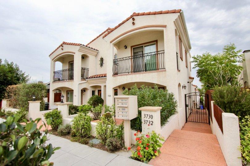 Front yard and landscaping at Villas de Mediterraneo in North Park, CA
