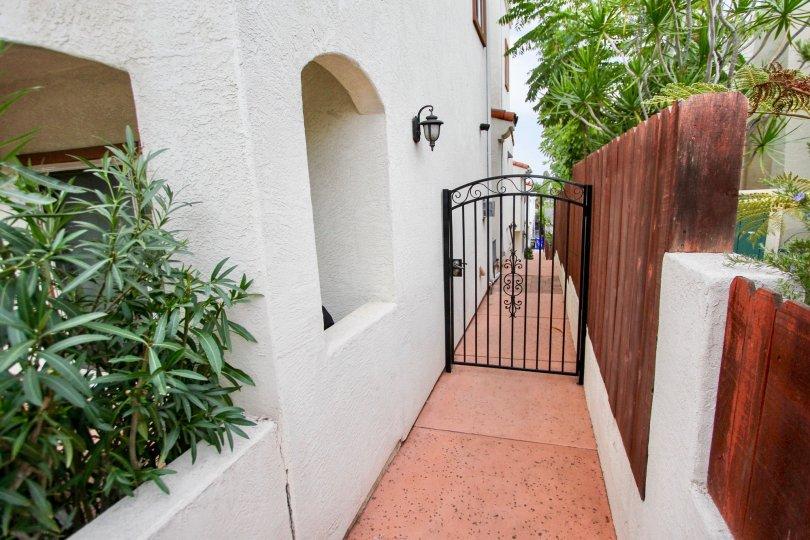 Upon the gate of villa in Villas de Mediterraneo has light lamp