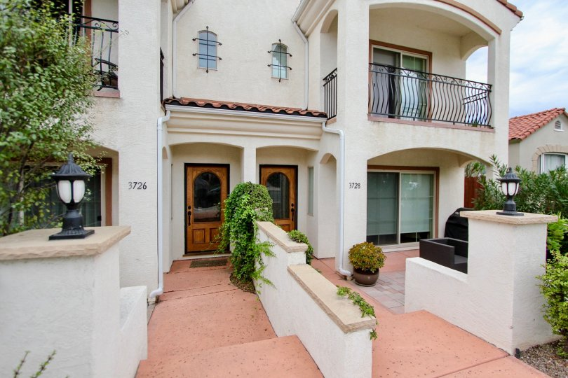 Turn your attention to life's finer pleasures at The North Park Luxury Villa community, where a fine medley of sights and sounds will greet you every single day.