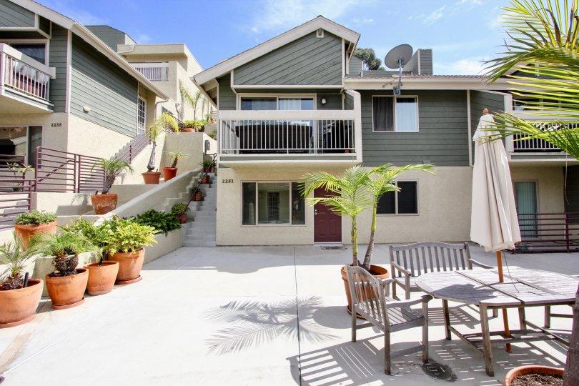 Private courtyard at Bay Pointe in Ocean Beach, California.