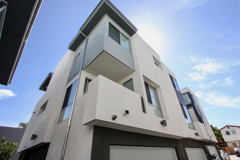 Famosa Townhomes in Ocean Beach, California, View from Ground