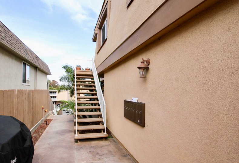 Spacious common area with grill room at Temecula Heights.
