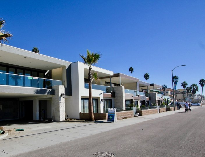 Shopping and entertainment are close by when you are living at 700 South Strand in Oceanside, CA