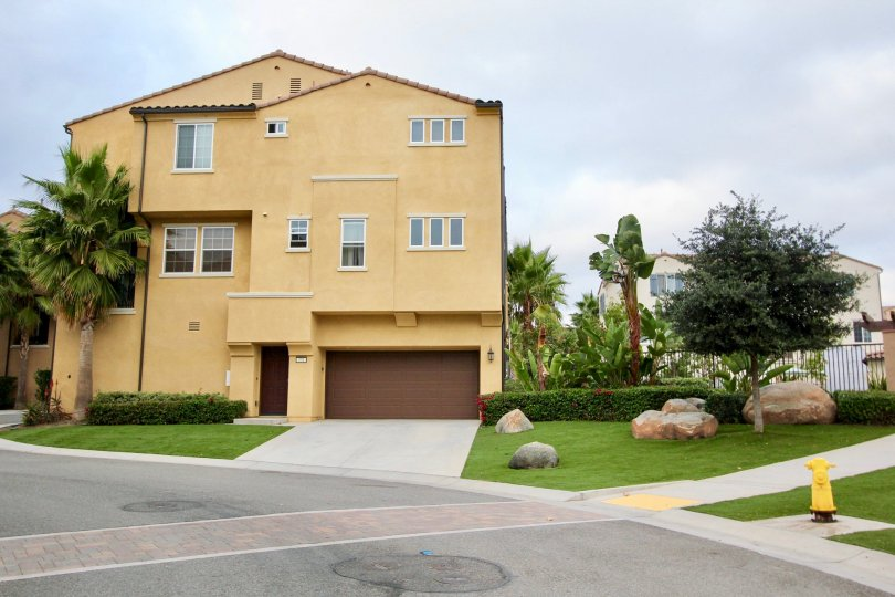 The North River Village community is one of the newest neighborhoods in the central Oceanside area with homes built in 2012. Taylor Morrison home builder built these homes which consist of approximately 93 total homes inside this gated community. The resi