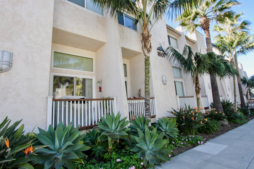 An apartment building in the Ovard area in Oceanside CA
