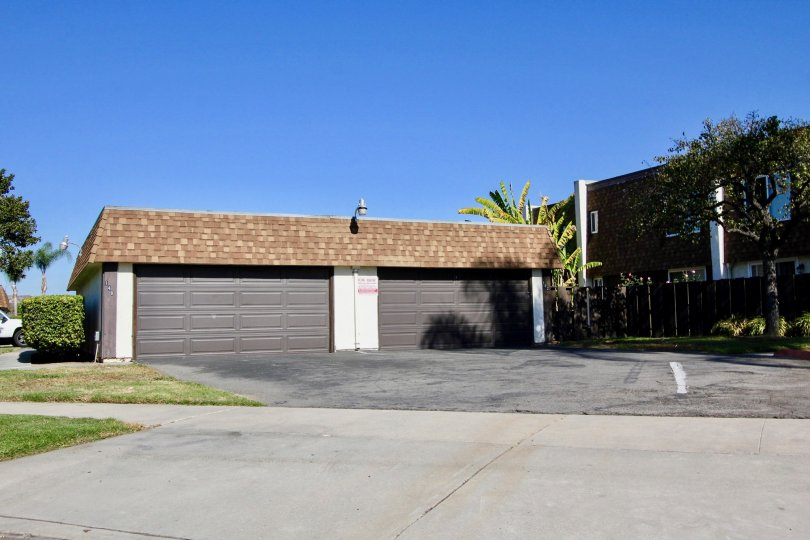 Riverdale Community, Oceanside, California, Garage and Building