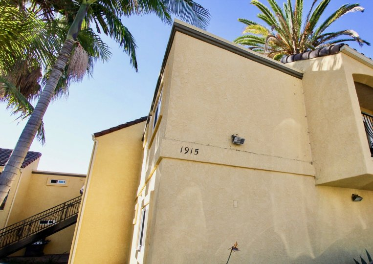 1915 emerald is a unity house of the pacific beach in ca