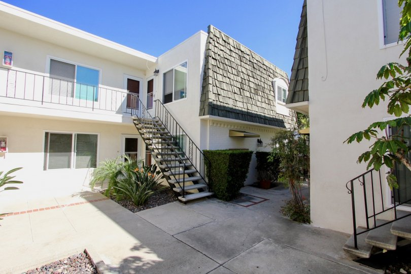 Comfortable living at Shasta Palms in Pacific Beach, California.