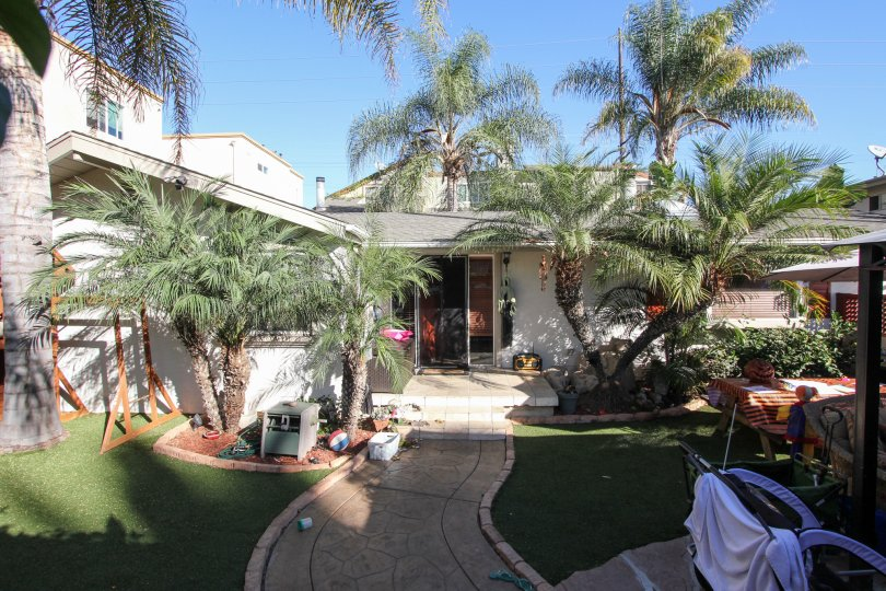 A sunny day in the courtyard of the Sunblend condos in Pacific Beach, CA.