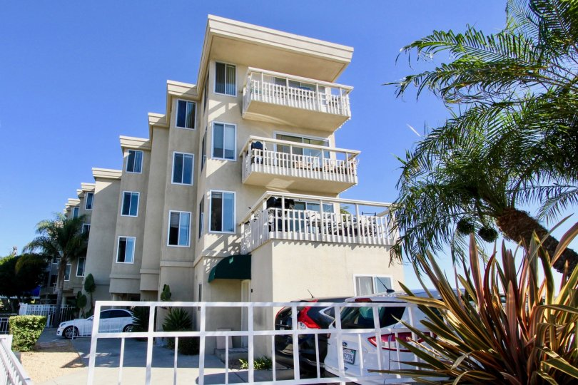 Beautiful two floors villa with carparking and trees in The Shores at Crown Point of Pacific Beach