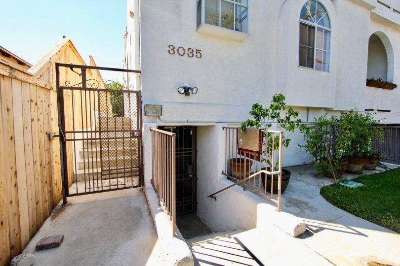 3035 primrose villas in point loma california, front entrance