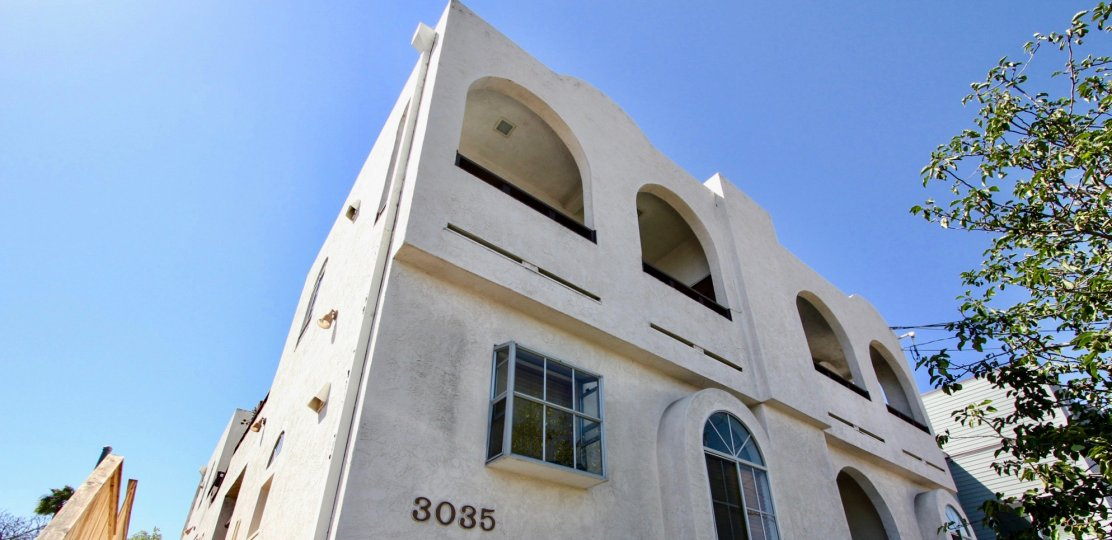 Top angle view of the building 3035 in Primrose Villas