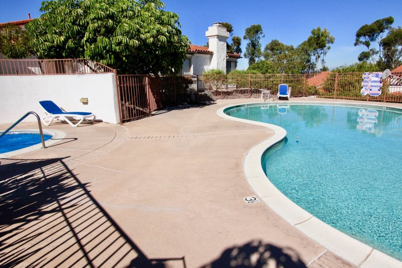Fairway Vistas at Rancho Bernardo, California has pool for both kids and adults.