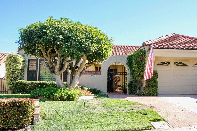 Tasfully finished apartments in Las Brisas Community, Ranco Bernando, California