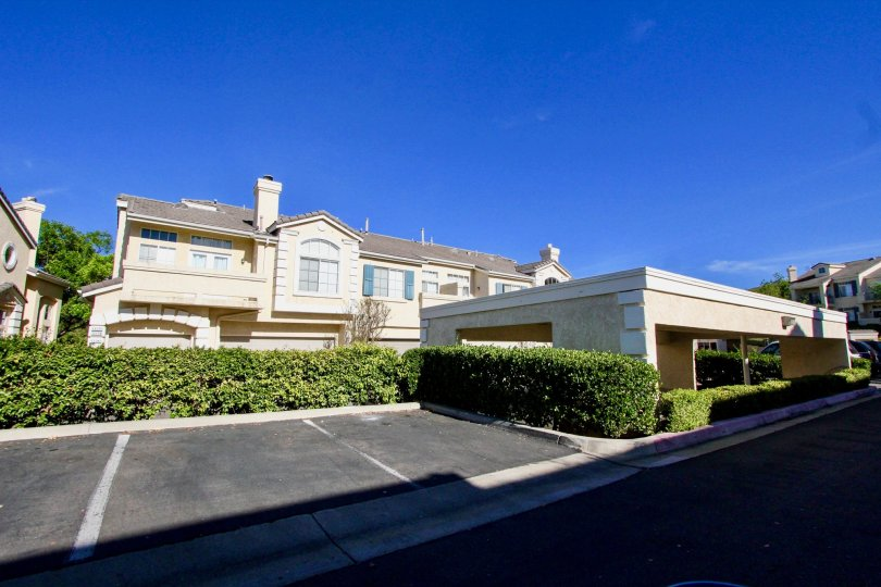 Ample parking in this lovely Provencal community in Rancho Bernardo, CA. Stucco homes with fireplaces and garages.