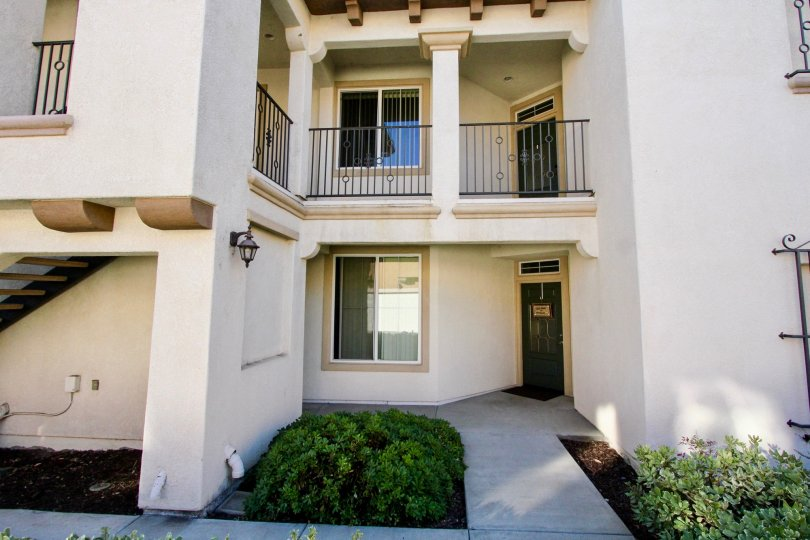 Savannah Terrace, City: Rancho Bernardo, beautiful balcony