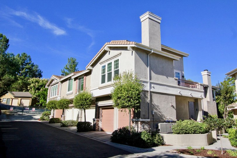 Street view of condos in Windham Rancho Bernardo California