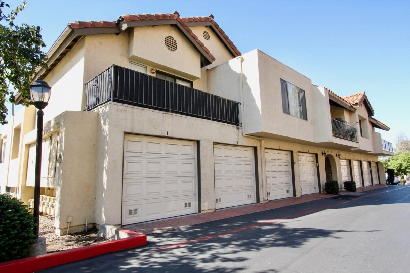 Awesome villa with sunshine and parking in Avocado Gardens of San Marcos