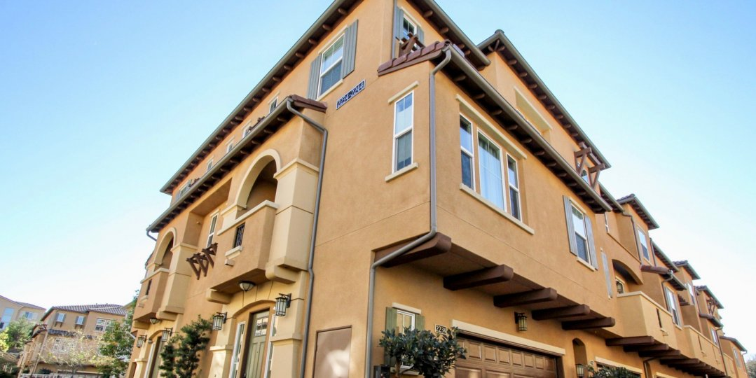 Beautiful villa with glass windows in Solaire of San Marcos