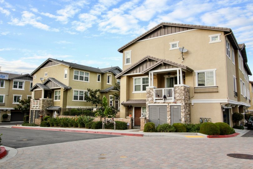 A couple of large luxurious villas in a suburban area in the Altair Community in Santee, California