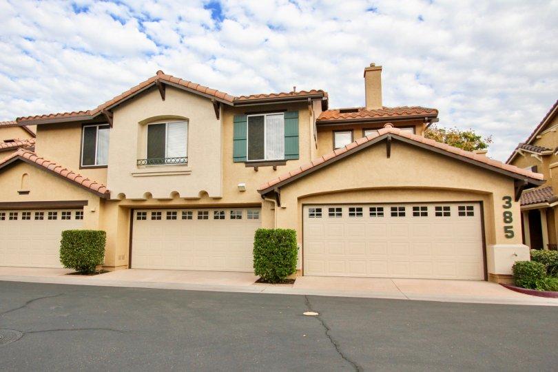 California Mariposa ,Santee  , California,beige building, elegant