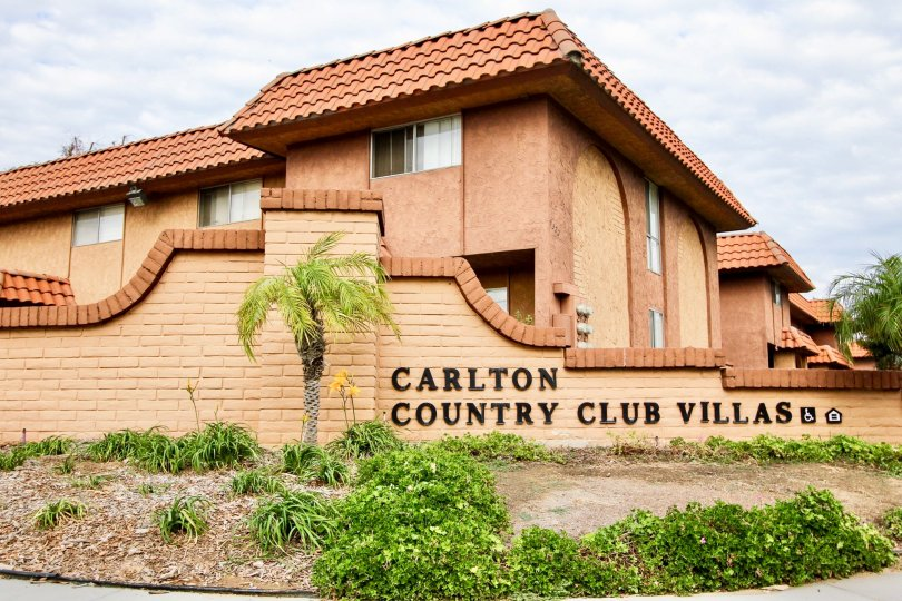 A view of the Carlton Country Club Villas welcome sign in Santee California