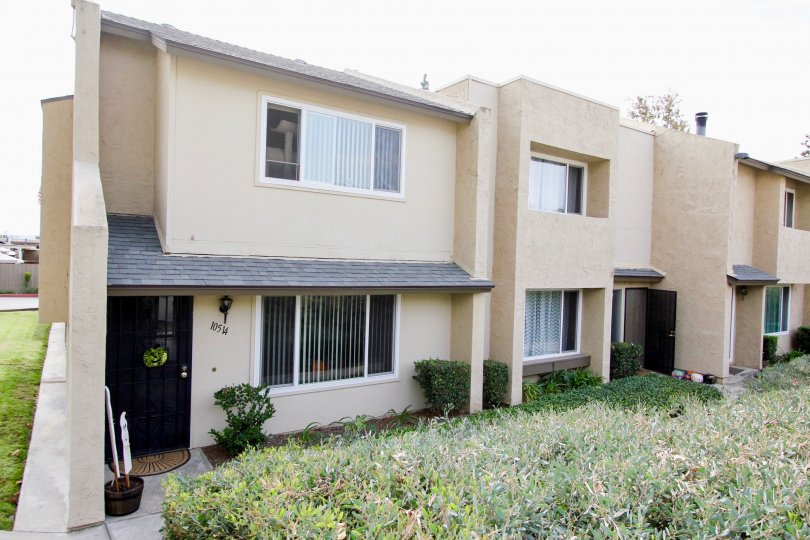 Apartment complex in Santee California with plenty of living space
