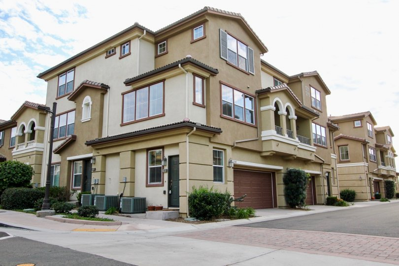 Large luxury condominiums in Northstar community located in Santee, California