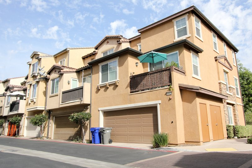 VEry nice apartment complex in Rio Terrace Santee California
