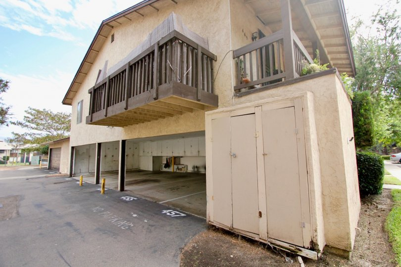 Side garage view with Varenda of Carefree South community, Spring Valley, CA