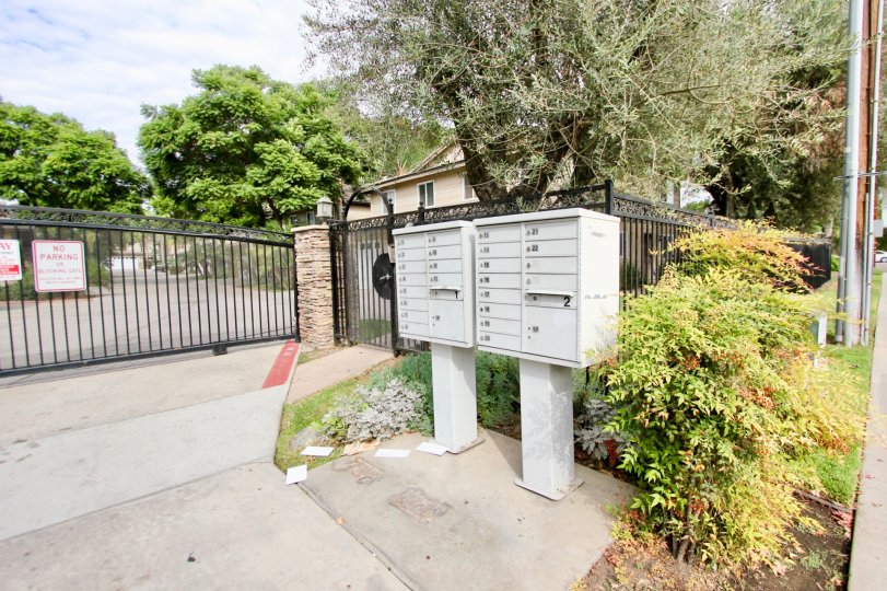 Lamar Square gated entry, mail boxes, and landscaping Spring Valley California