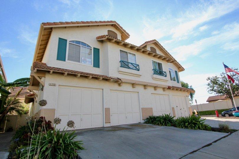 Big windows and lots of sunshine to enjoy at the California Villas in Vista, CA