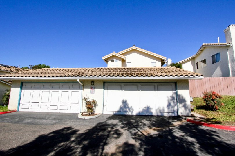 Spacious garages in the lovely Vista Palomar Community in Vista