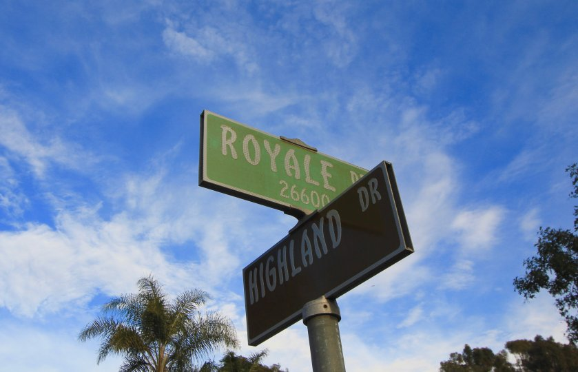 The font on the street signs within Capistrano Royale is unique